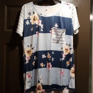 Tops - Bohemian vintage floral top. Size XL